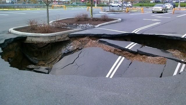 Parking_Lot_Sinkhole.jpg